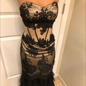 Beautiful black/nude formal dress